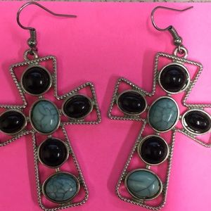 Jewelry - Cross Earings